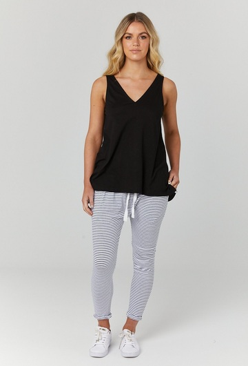 Louis Nursing Tank Black